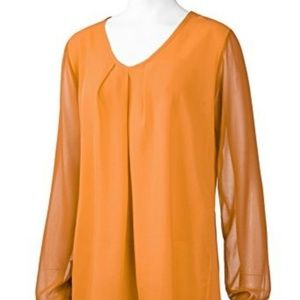 Chiffon Blouse Round Neck Front Pleated Style Top
